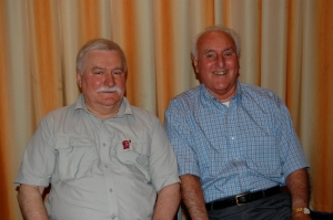 Photo of Lech Walesa and Donn Dears, Gdansk, Poland, July 2, 2008