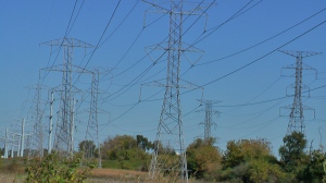 High Voltage Transmission Lines, Photo by D. Dears